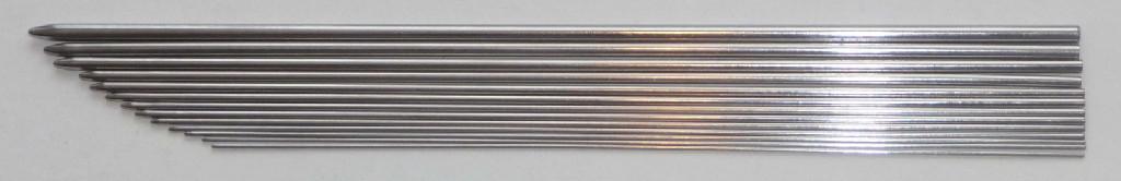 daho-threading-needle.jpg